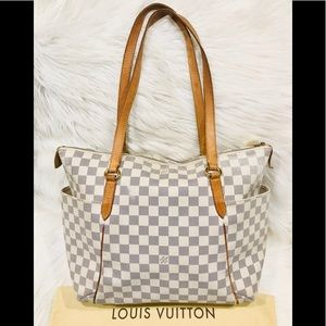 Authentic Louis Vuitton Totally MM #1.9Q